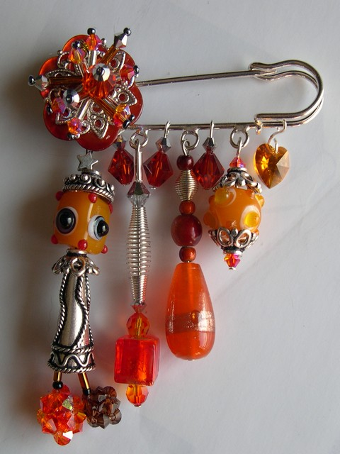 Epingle_estampe_grigri_orange.jpg