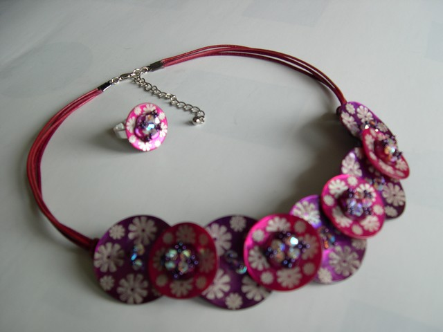 collier_nacre_rose3.jpg
